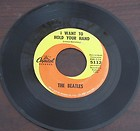 1964  I WANT TO HOLD YOUR HAND / I SAW HER STANDING THERE  THE BEATLES  CAP 5112